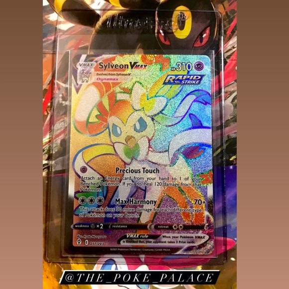 Sylveon VMAX RAINBOW RARE 211/203 Pokemon Card